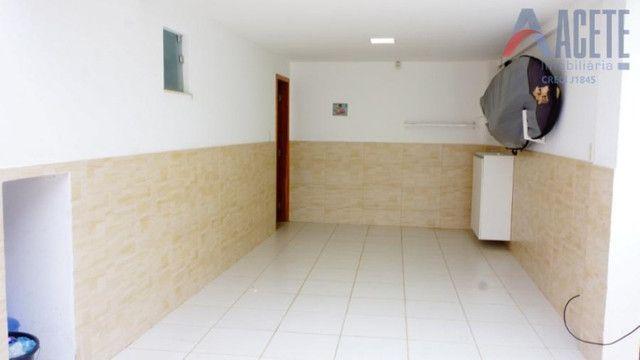 Casa Triplex com ótima localização - Foto 3