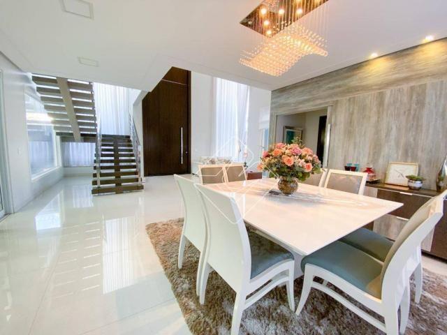 Sobrado com 4 dormitórios à venda, 423 m² por R$ 2.200.000,00 - Residencial Araguaia - Rio