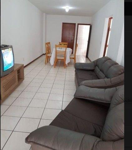Oportunidade de Locação Anual, Apartamento Mobiliado, frente mar, 03 dormitórios (1suíte) - Foto 5