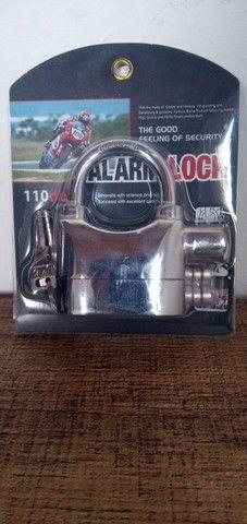 Cadeado de aço antifurto com alarme sonoro - Foto 18