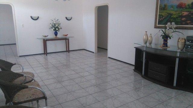 Excelente casa duplex com 520 m²  - Foto 8