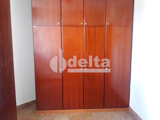 Apartamento para alugar com 3 dormitórios em Centro, Uberlandia cod:572064 - Foto 2