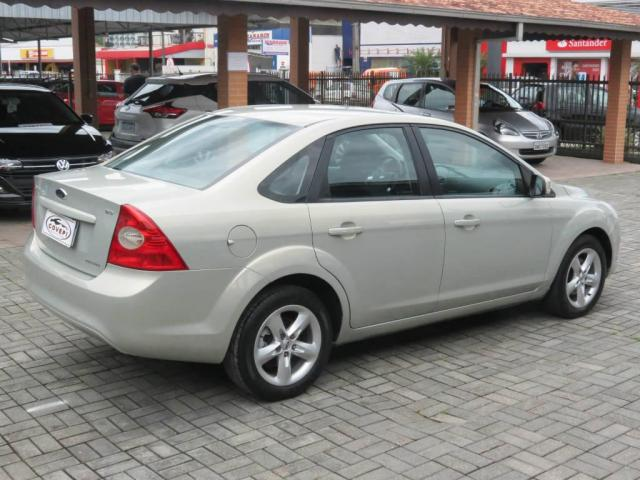 Ford Focus Sedan 2.0  - Foto 4