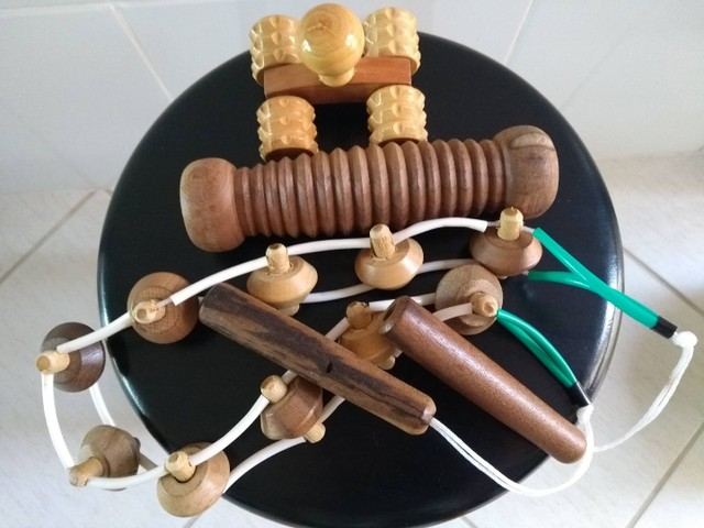 Kit 3 massageadores manuais madeira