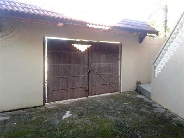 Casa com 4/4 em itapua