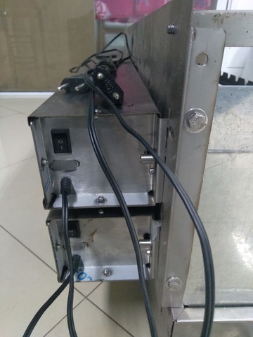 Churrasqueira elétrica giratória para espetinhos  - Foto 4