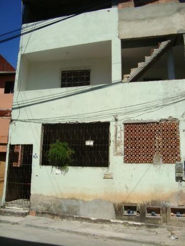 Casa dois quartos em São Cristóvão ótima localização