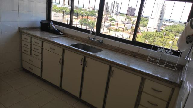 Vende-se/ Aluga-se Apartamento de Alto Padrão no Centro de Campo Mourão/PR - Foto 7