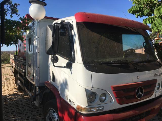 Caminhão Accelo 815 2015/2016