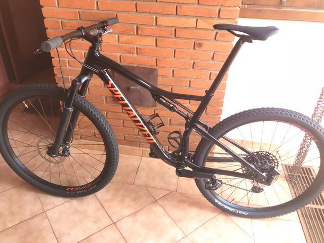 Bicicleta Specialized Epic Comp Full 2019 - Foto 4