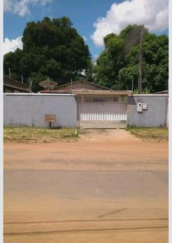 Vende-se casa no Tancredo Neves