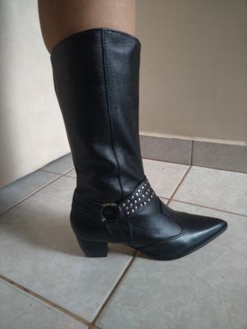 eed425c155b34 Bota Feminina em Couro Legítimo - Roupas e calçados - Taguatinga ...