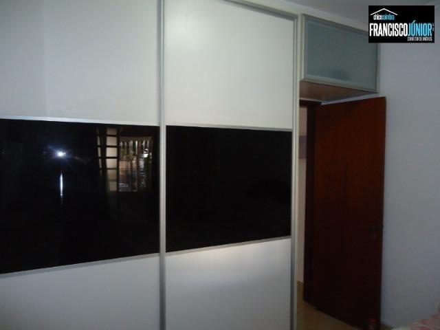Casa no Setor Coimbra, 4 Quartos 1 suíte, 2 salas, Cozinha com armários, ótima localização - Foto 11