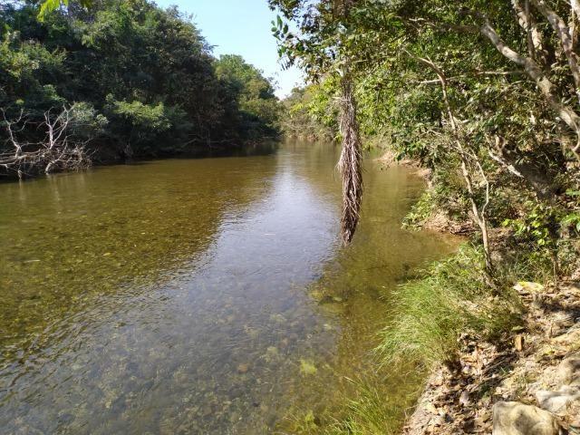 Chácara no coxipó do ouro, com rio, 2 km do asfalto otima estrutura