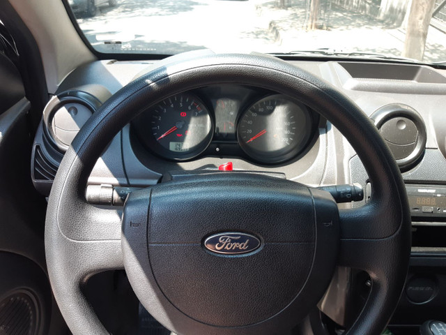 Ford Fiesta 2008 - Foto 13