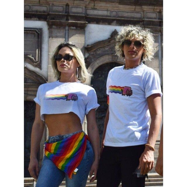 Camiseta Gatinho Arco-íris - Foto 3