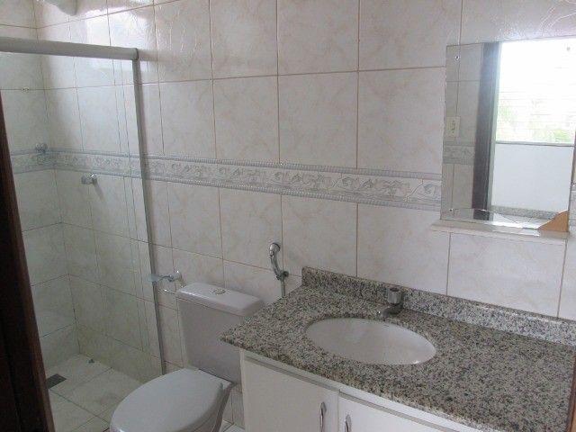 Alugo casa em Condomínio na Fraga Maia - Foto 11