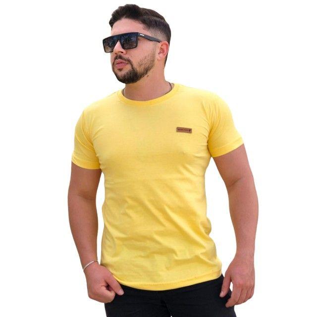 10 Camisas Masculinas lisas - Foto 4