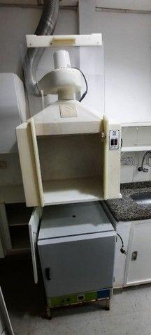 CAPELA PARA EXAUSTÃO DE GASES, para Farmácia Manipulação(seminova).  - Foto 2