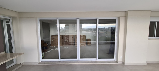 Esquadria em aluminio Branca/ porta varanda - Unidese - NOVA