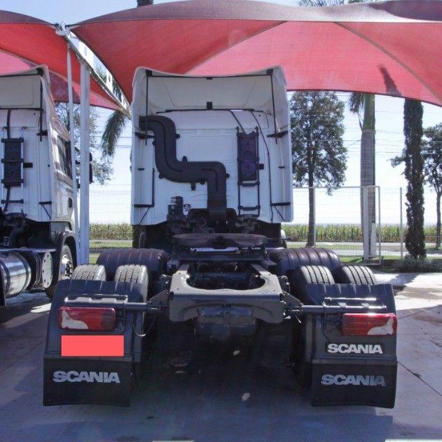 Scania R440 - 2013/13 - 6x2 - Foto 4