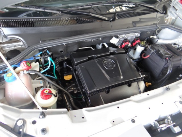 Fiat Doblò Essence 1.8 16V (Flex) 2014 - Foto 4