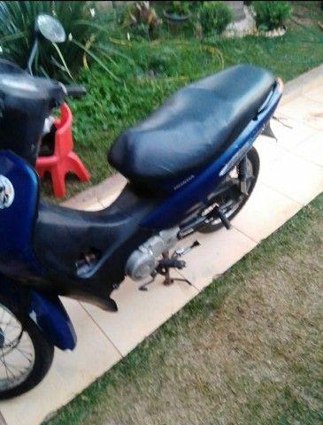 Moto biz azul  - Foto 2