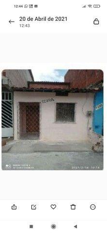 Vendo casa localizada no Henrique Jorge.Rua.santa Filomena 1288