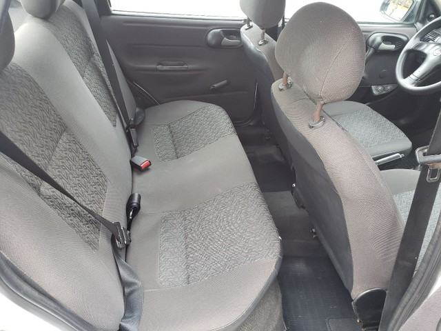 Chevrolet Corsa classic completo vendo troco e financio R$ 18.900,00 - Foto 12