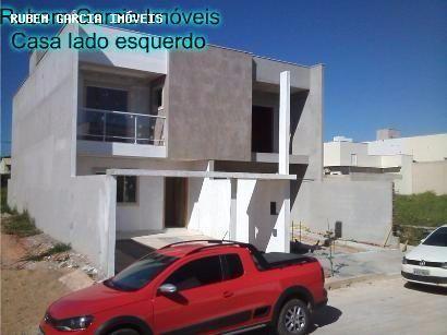 Casa duplex em Macaé 3 quartos sendo 1 suíte, 120m2, porcelanato na casa toda