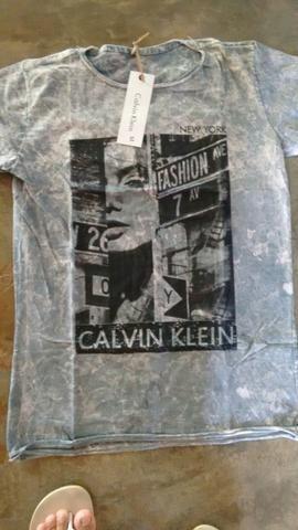 Camisetas primeira linha no atacado a partir de 10 peças 28 reais