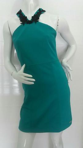 Lindo vestido Verdinho com tela