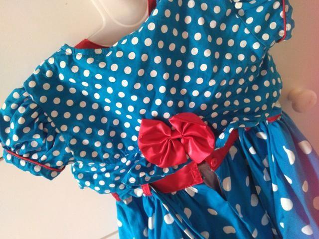 Vestido galinha pintadinha tamanho 1 veste 2