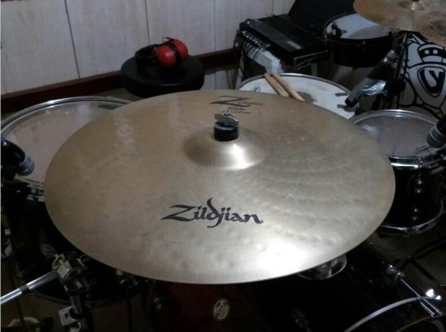 Prato Zildjian Z Custom 22?