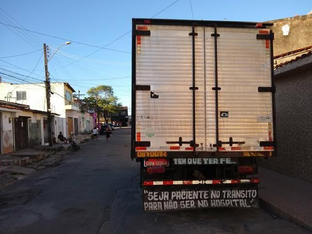 Vendo um caminhão GMC