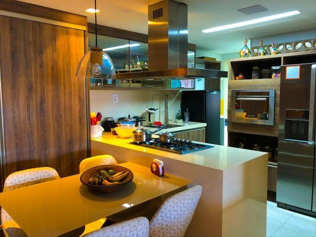 Lindo Apartamento na Ponta Verde com 180m em 3 suítes e 3 vagas - Foto 5