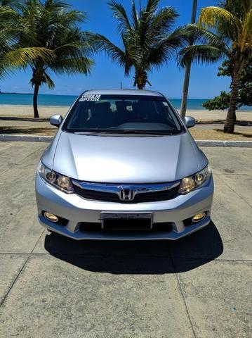 Honda Civic Semi Novo Completo e Automatico 2014 Conservado - Foto 2