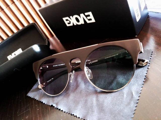 Óculos Evoke Upper 2 com lentes grau transition e sol 2 em 1 original nota  fiscal garantia f239503a88