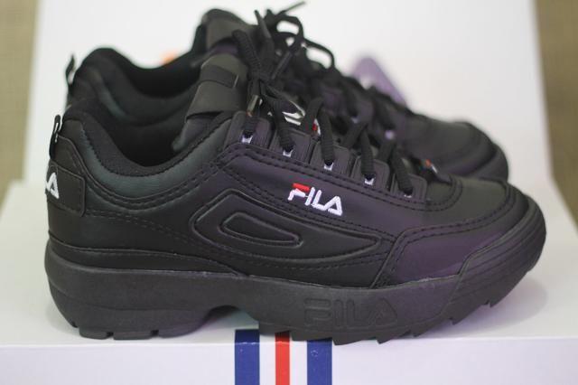 7bf2edef7e162 Tênis Fila Disruptor 2 - Branco c/ Rosa e Preto - Roupas e calçados ...