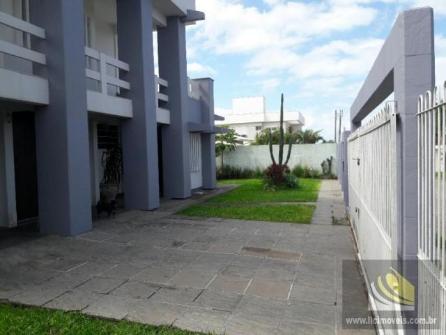 Casa para Venda em Imbituba, Vila Nova, 3 dormitórios, 1 suíte, 5 banheiros, 2 vagas - Foto 7