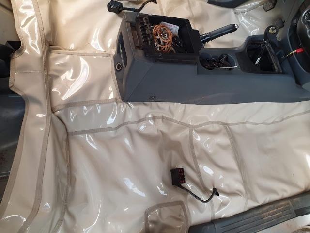 Montagen de capas de banco de courvin automotivo de qualidade - Foto 3