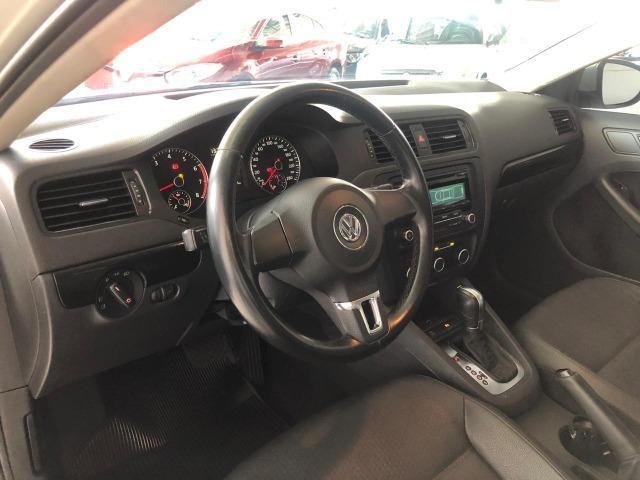 VW Jetta 2.0 - Foto 7