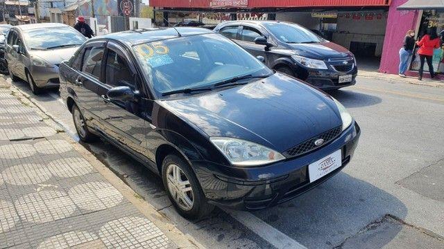 Focus 2005 1.6 Completo Sedan - Foto 9