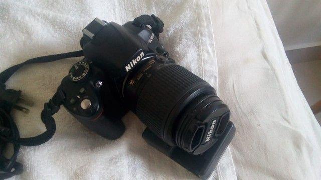 Máquina Fotográfica Nikon D3000