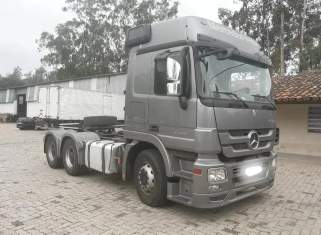 Mercedes-Benz 2644 2012