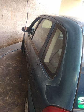 Corsa Hatch 4 portas 2001 - Foto 5