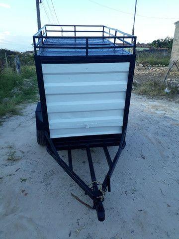 Vende-se uma carroçinha baú  180x110x105 - Foto 5