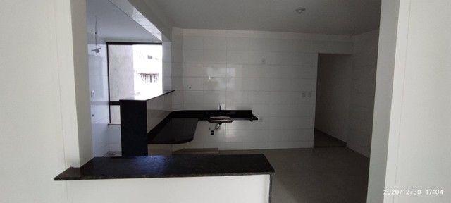 Apto Bairro Cidade Nova. A228. 78 m²,Sacada , 2 qts/suíte, piso porc. Valor 180 mil - Foto 2