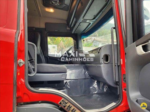 Scania P-310 2015 8x2 Baú  - Foto 10