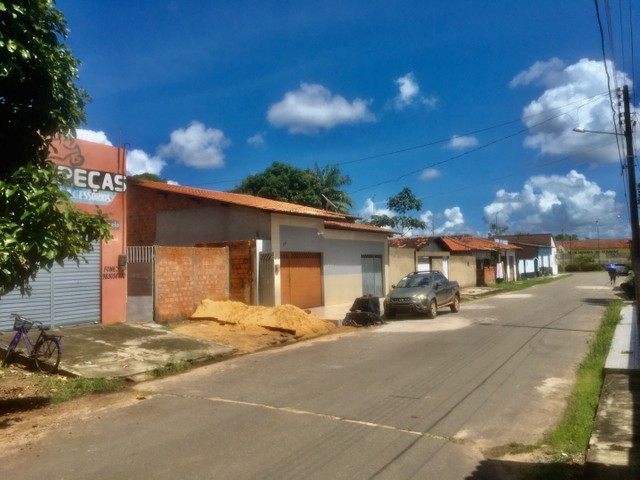 OPORTUNIDADE DE NEGÓCIO (VENDO CASA COM PONTO COMERCIAL  - Foto 2